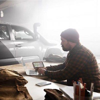 Автомобилна навигация Garmin Overlander™