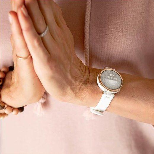 Часовник GARMIN Lily Sport Cream Gold/White