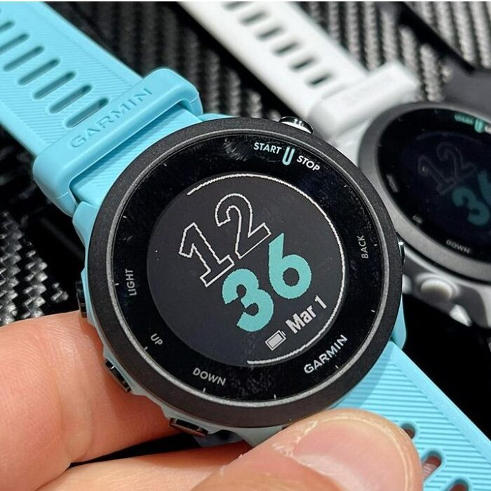 Часовник Garmin Forerunner 55 Aqua