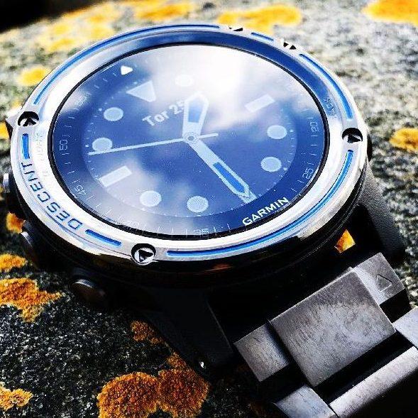 Смарт часовник Descent Mk1 Titanium