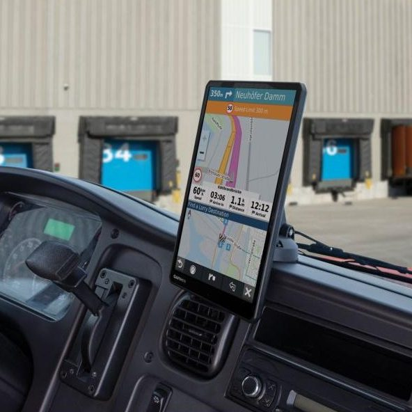 Автомобилна навигация Garmin Dēzl LGV1000 MT-D